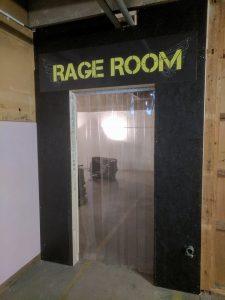 Birmingham Freshers visit rage room